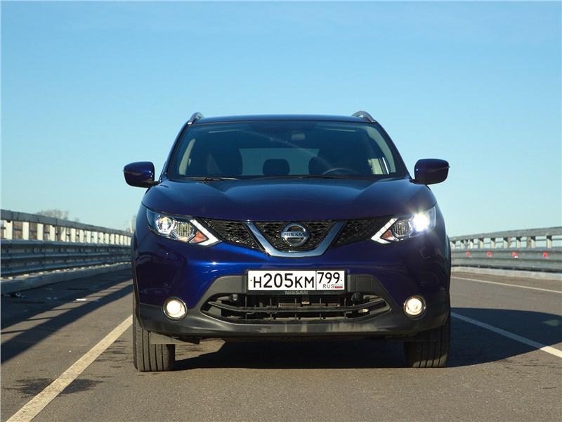 Nissan Qashqai 2014 вид спереди