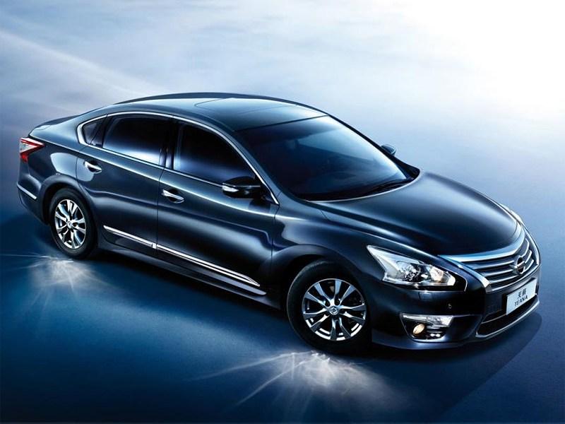 Nissan Teana нового поколения выглядит дороже