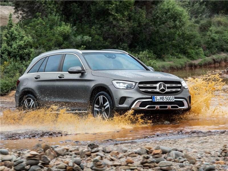 Mercedes-Benz GLC 2020 вид спереди