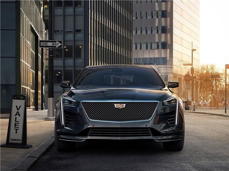 Cadillac CT6 2019 вид спереди