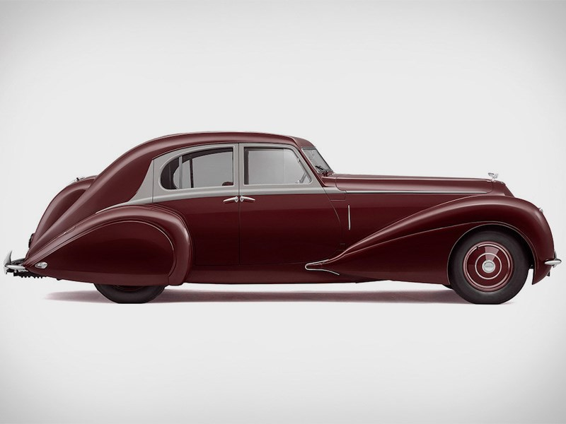 В Bentley воссоздали историю
