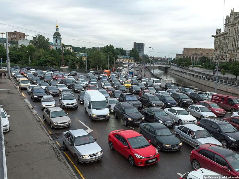 Власти предупредили о дорожном коллапсе в Москве Фото Авто Коломна