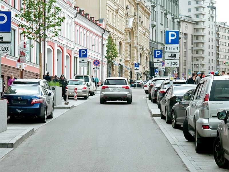 Коронавирус имеет власть над парковками Фото Авто Коломна