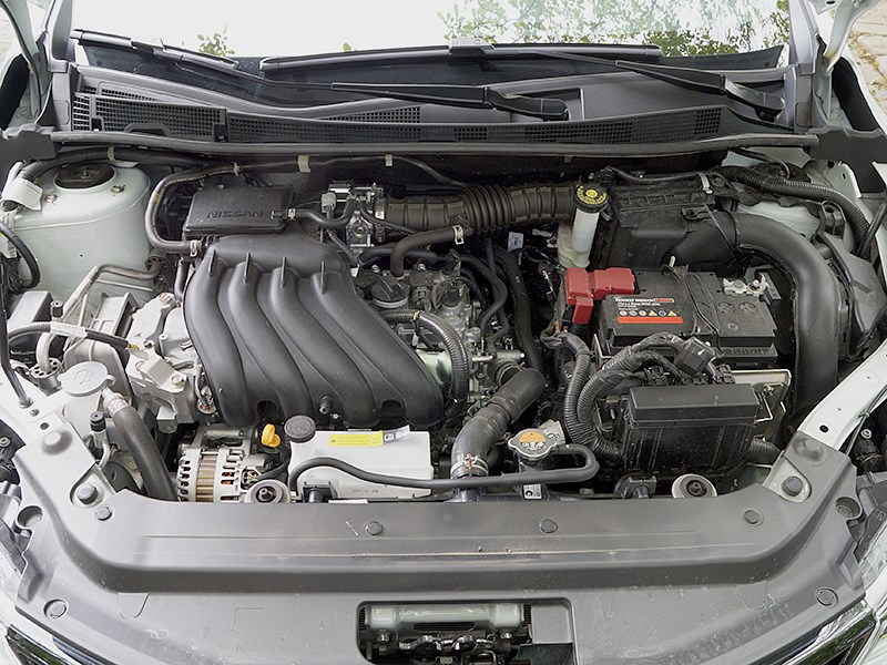Nissan Tiida 2015 двигатель