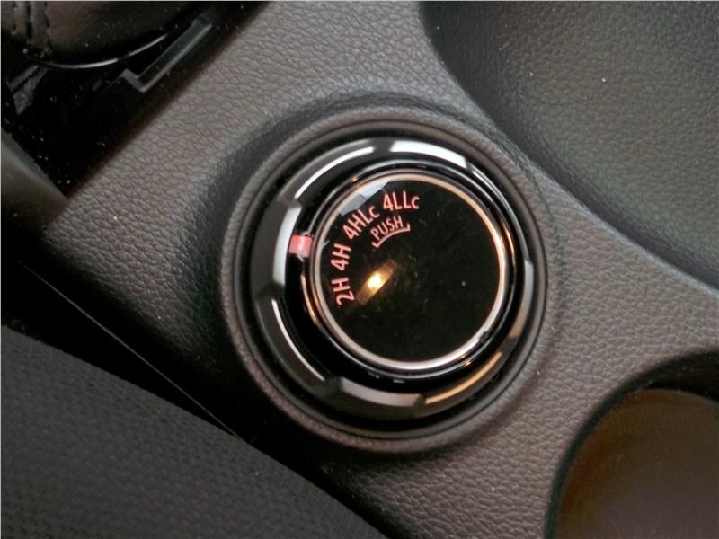 Fiat Fullback 2016 управление внедорожными режимами