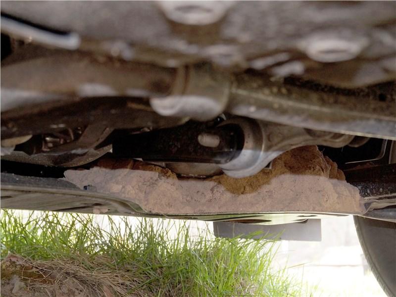 Lada XRay 2015 защита картера