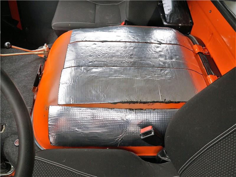 УАЗ 39099 «Экспедиция» (2018) крышка моторного отсека