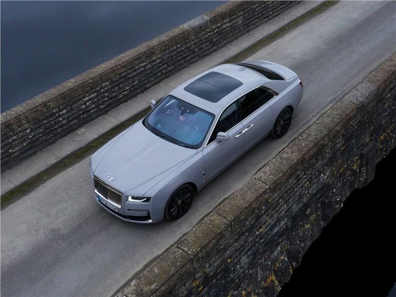 Rolls-Royce Ghost (2021) вид сверху