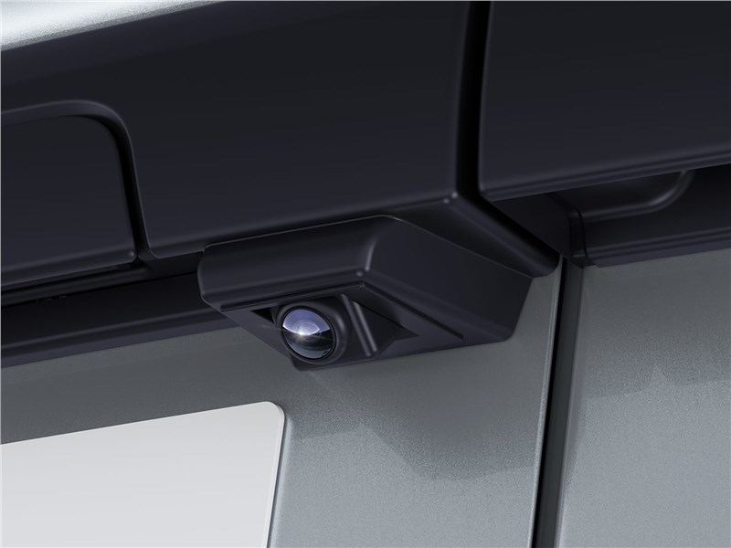Lada Largus (2020) видеокамера