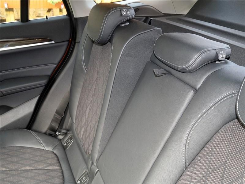 BMW X1 2016 задний диван