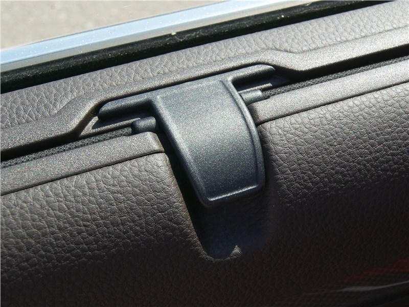 Volkswagen Passat Alltrack 2016 выдвижные оконные шторки