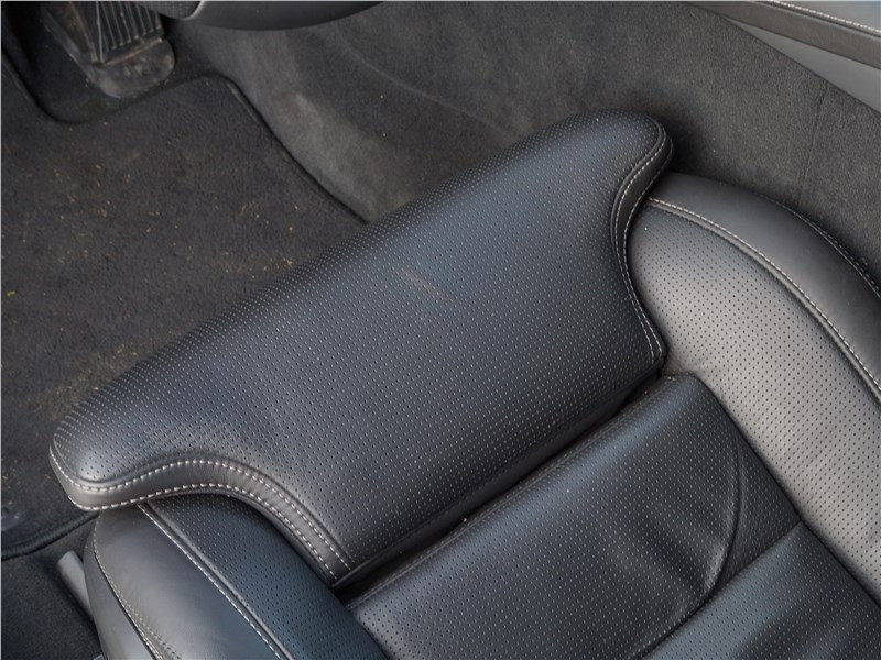 Volvo V90 Cross Country 2017 передние кресла