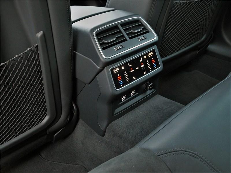 Audi A6 allroad quattro (2020) климат для второго ряда