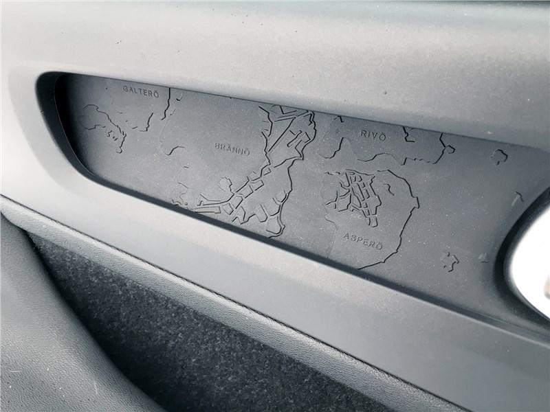 Volvo XC40 (2018) дверь