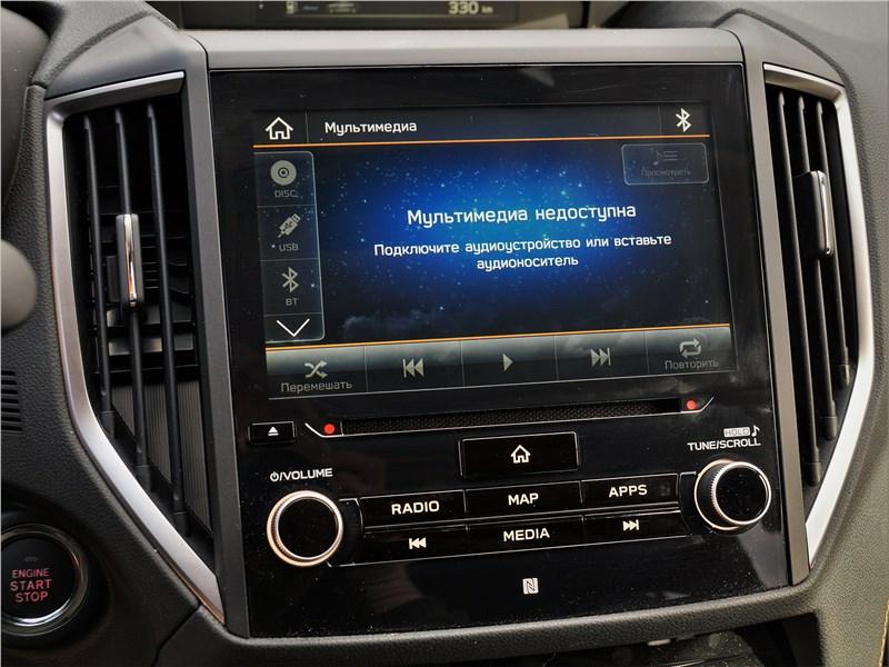 Subaru XV (2022) центральная консоль
