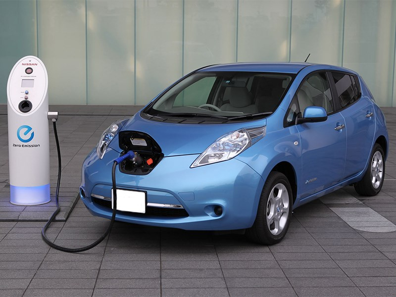 Каждый пятый водитель в России хочет владеть электрокаром