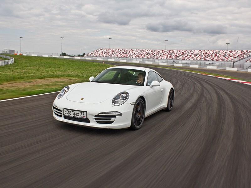 Porsche 911 Carrera 4S 2012 вид спереди