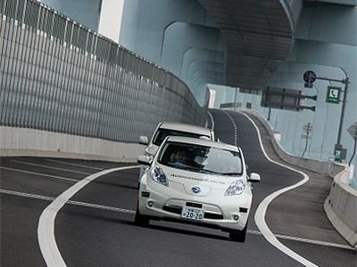Nissan проводит открытый дорожный тест системы автономного управления на японских автомагистралях