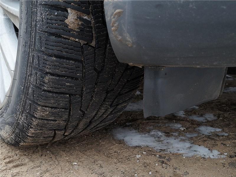 Ford Focus 2014 щиток перед передним колесом