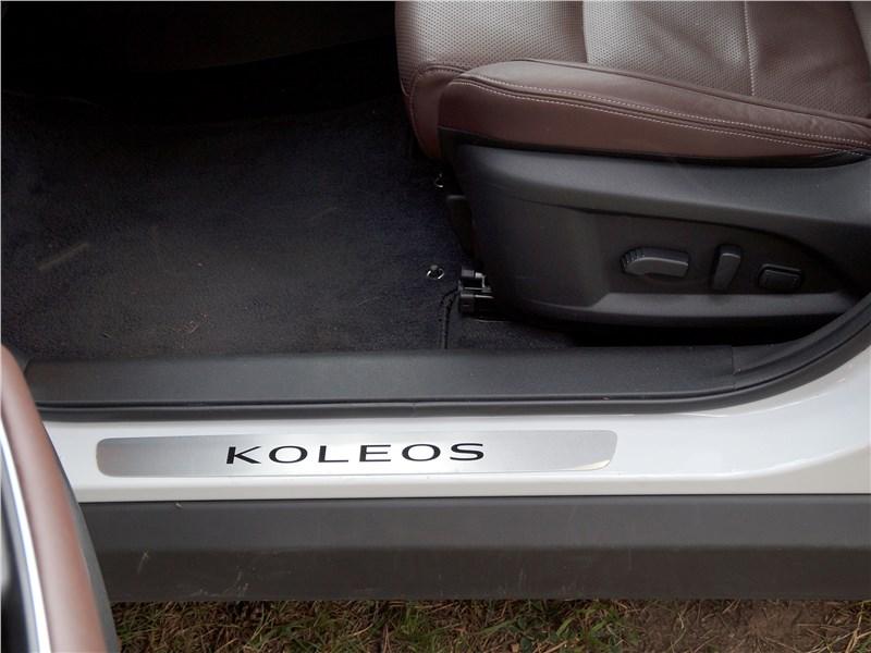 Renault Koleos 2017 передние кресла