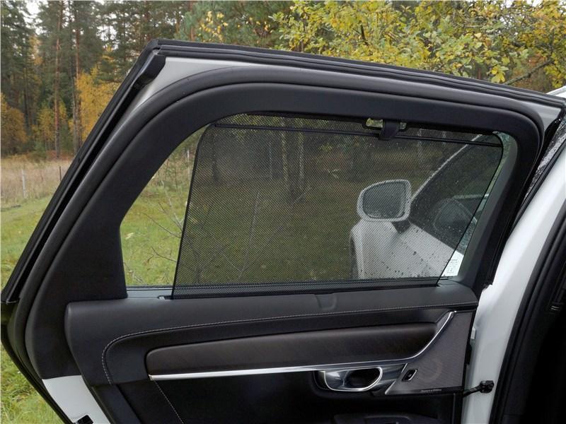 Volvo V90 Cross Country 2017 дверь
