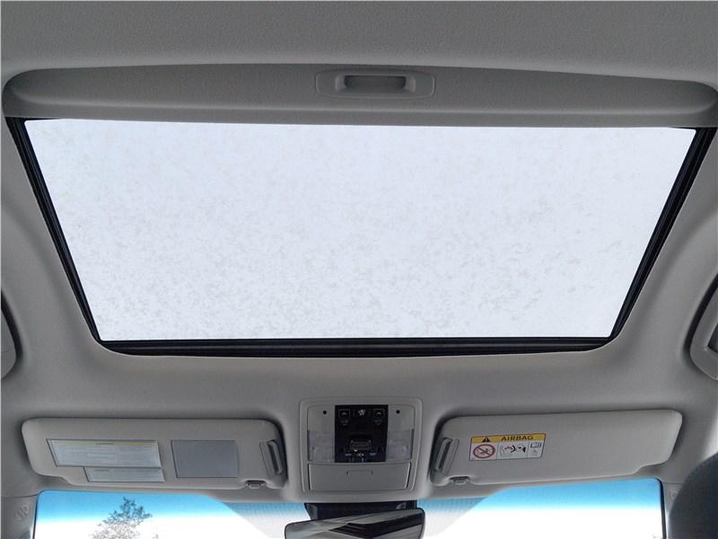 Toyota Land Cruiser Prado 2017 люк