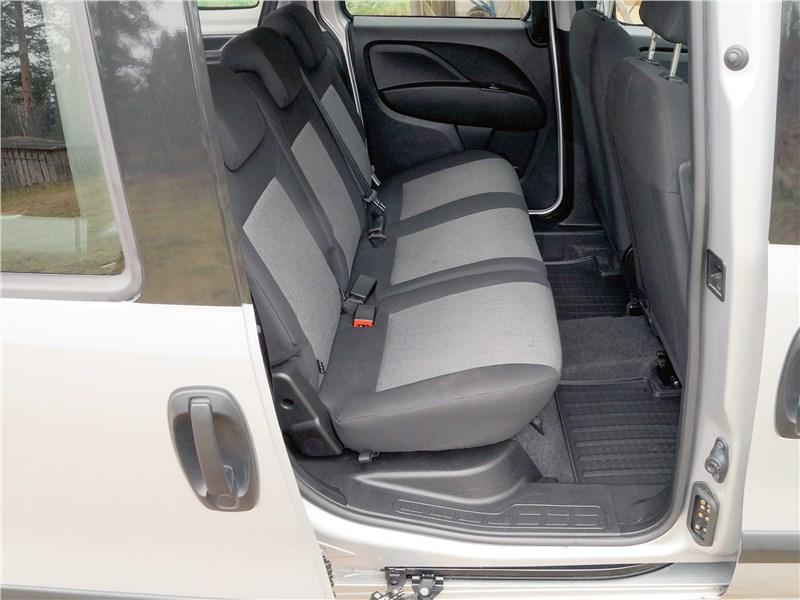 Fiat Doblo 2015 задний диван