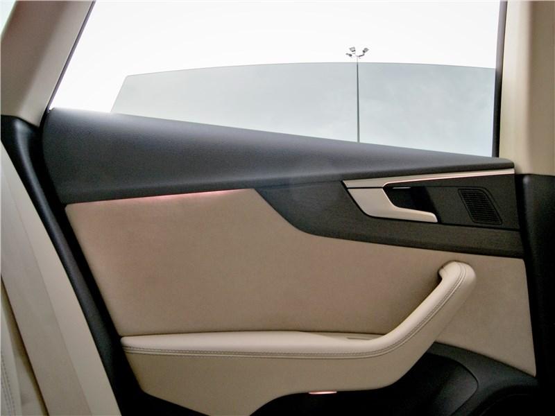 Audi A5 Sportback 2020 задняя дверь