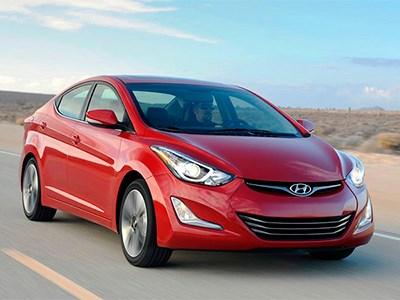 Седан Hyundai Elantra обзавелся навигатором
