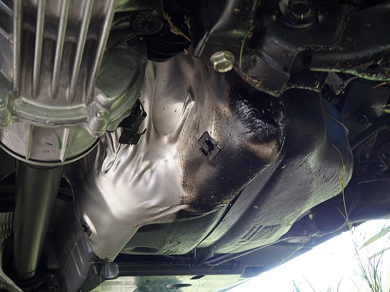 Nissan Qashqai 2014 пластиковый топливный бак