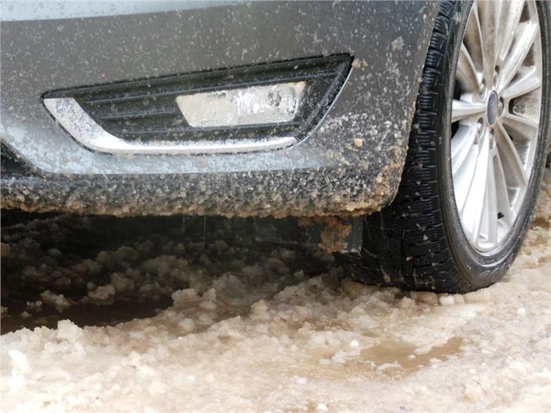 Ford Focus 2014 по снежно-ледяной «каше»