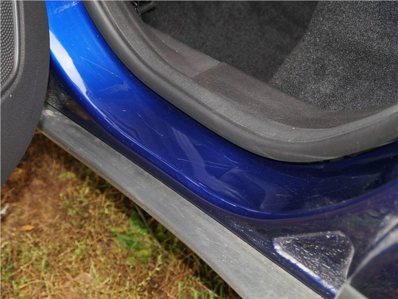 Ford EcoSport 2013 пластмассовые накладки