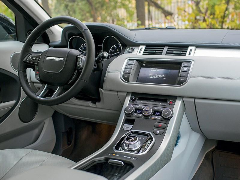 Land Rover Range Rover Evoque 5-door 2013 водительское место