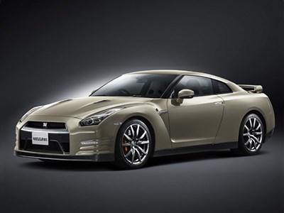В Японии представлена специальная версия модели Nissan GT-R