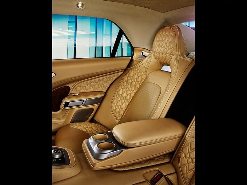 Aston Martin Lagonda 2015 задние кресла