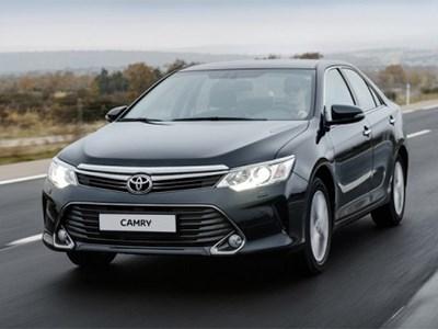 В Петербурге началось производство обновленного седана Toyota Camry