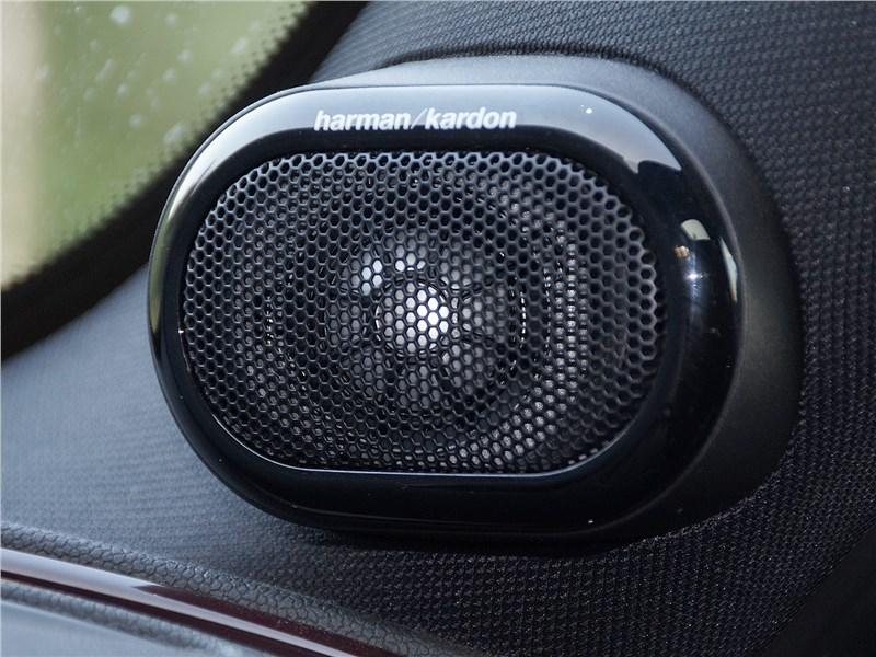 Mini Clubman Cooper S 2016 динамик