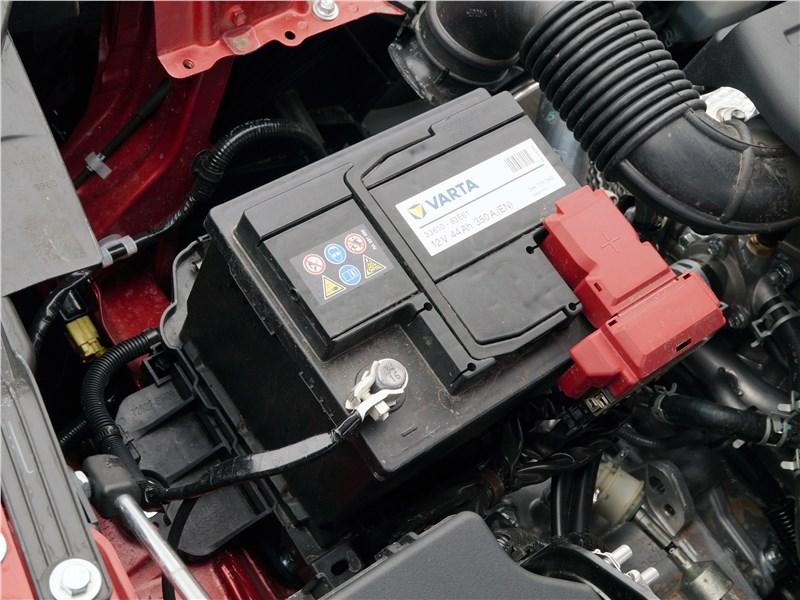 Suzuki SX4 2016 аккумулятор