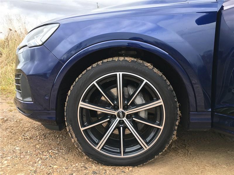 Audi Q7 (2020) колесо