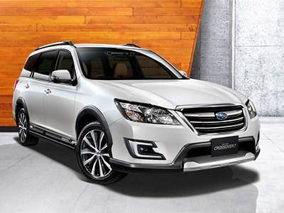 Subaru запускает в продажу семиместный универсал