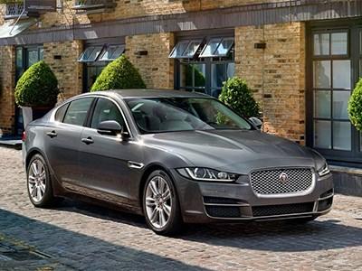 Компактный седан Jaguar ХЕ появится на российском рынке уже в июле