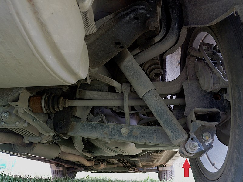 Nissan X-Trail 2014 задняя подвеска
