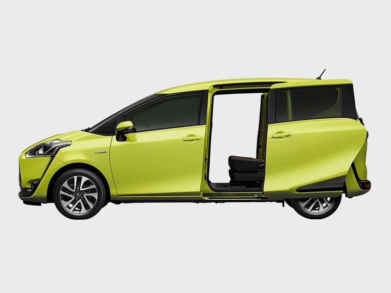 Toyota Sienta 2015 вид сбоку