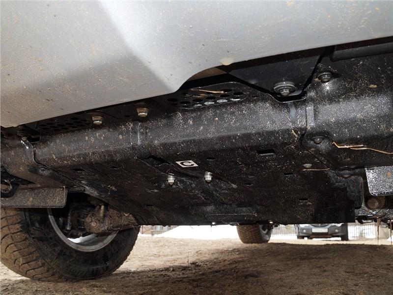 Lexus LX 2016 защита двигателя
