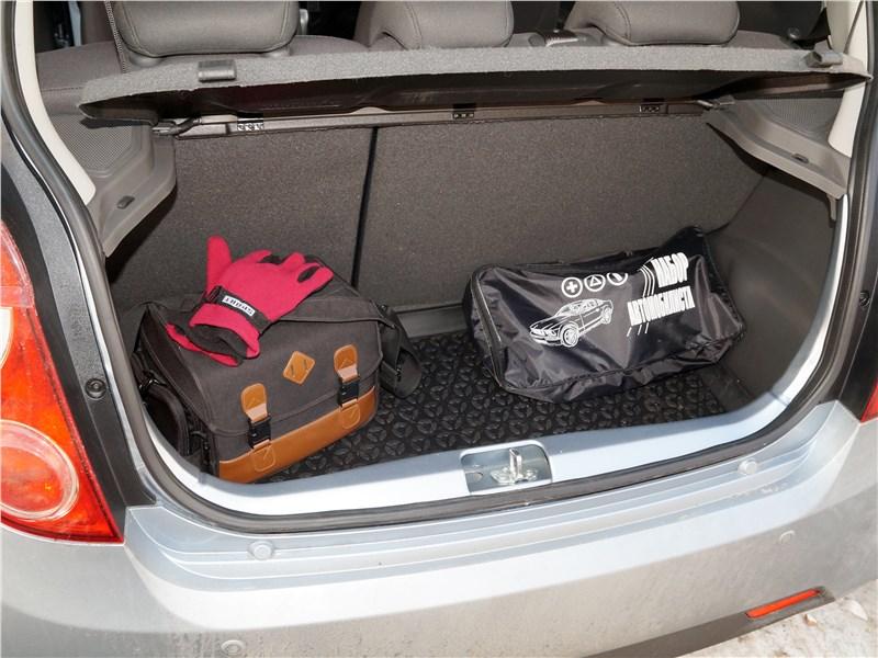 Ravon R2 2016 багажное отделение