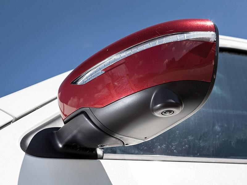 Nissan Juke Nismo RS 2015 боковое зеркало