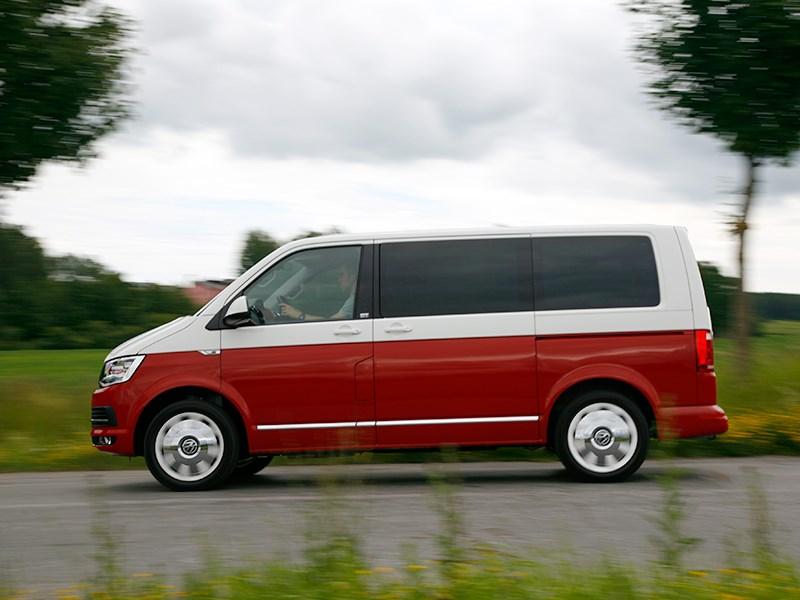 Volkswagen Multivan 2015 вид сбоку