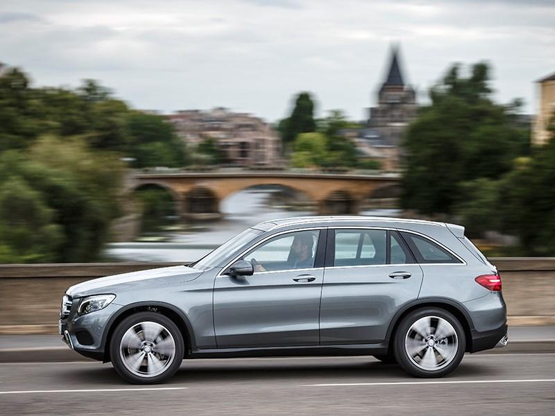 Mercedes-Benz GLC 2016 вид сбоку