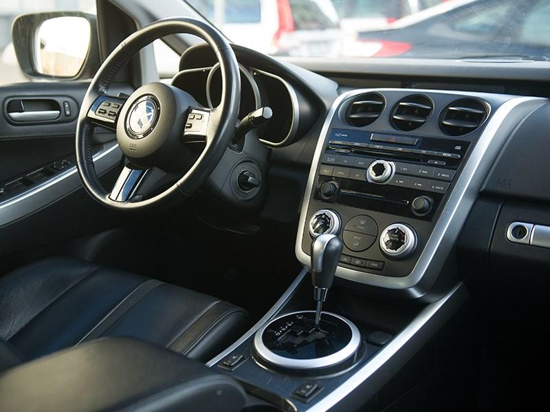 Mazda CX7 2011 салон