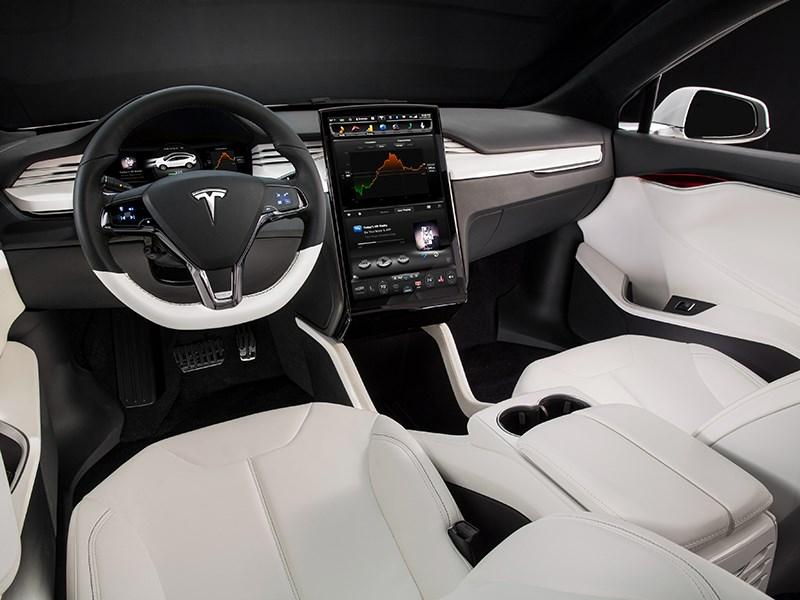Tesla Model X 2017 салон